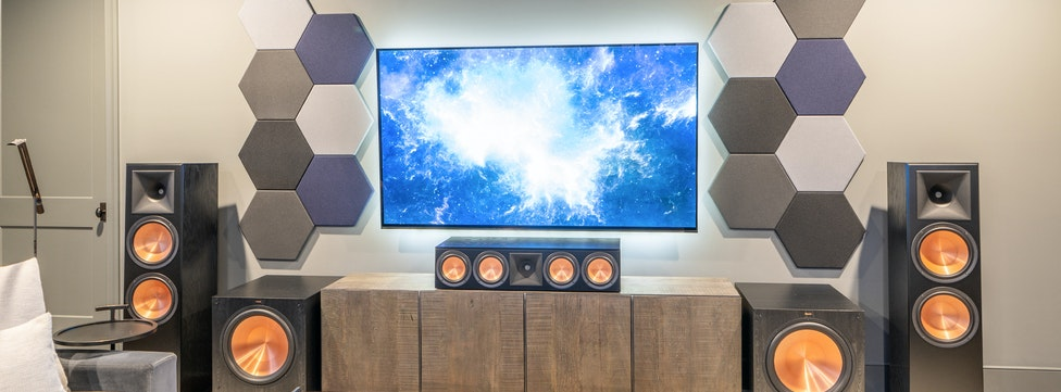 HOME THEATER #MONDAYSHOWCASE: Go Big or Go Home