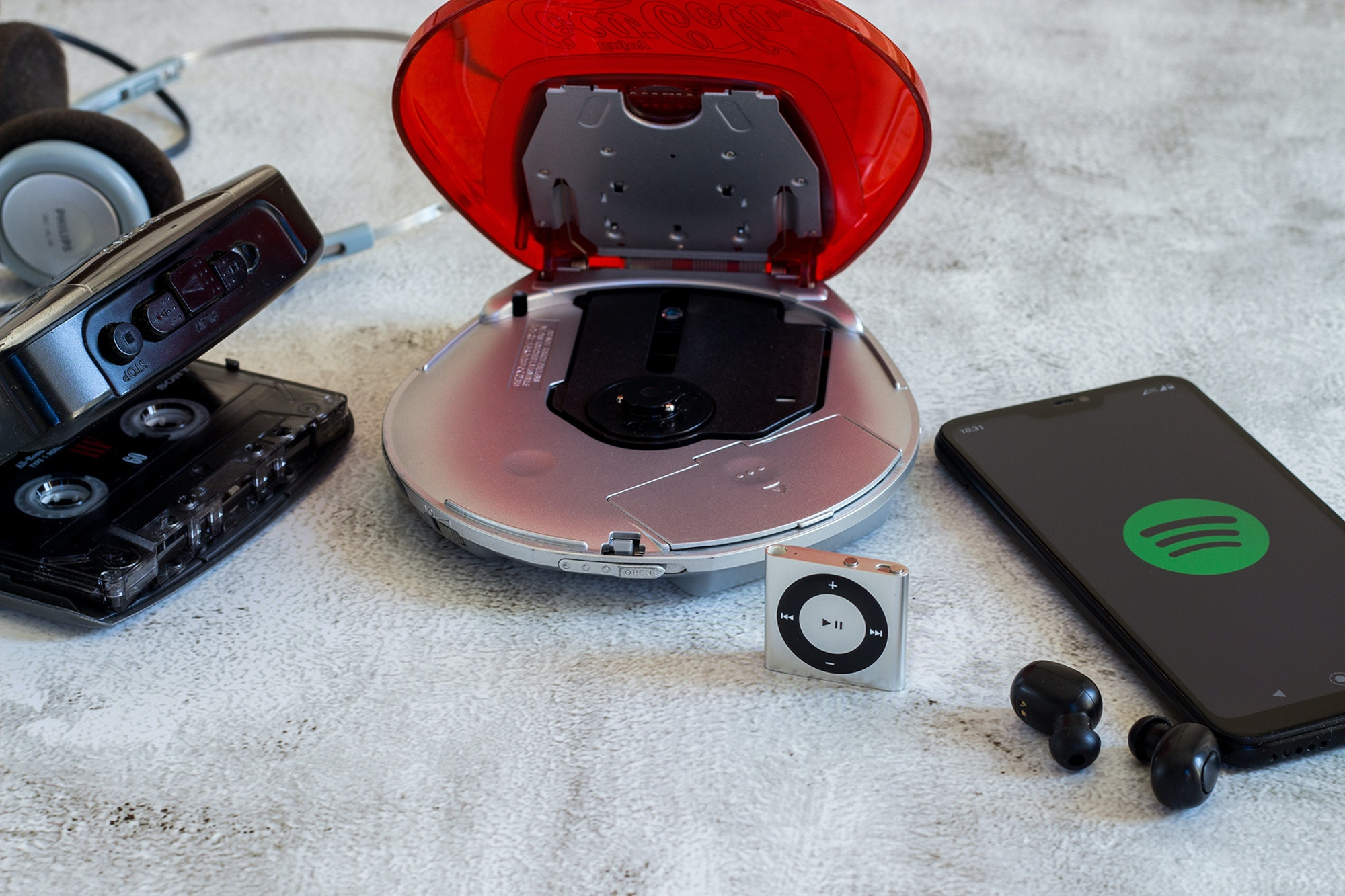 Analog-digital-Walkman CD player Ipod phone true wireless earphones